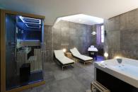 le spa des Maisons du Pont à 25 minutes des cottages de charme 5 étoiles du domaine de Louveraude avec piscine, tennis et espace paysagé en Nouvelle Aquitaine